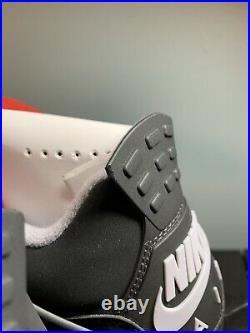 Air Jordan 4 Retro OG 2019 / Bred / US MN 12 NIB / Small Defect on Pull Tab