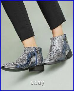 Vanessa Wu Boots Ankle Snakeskin gray blue Embossed Leather 40 / 9 NEW
